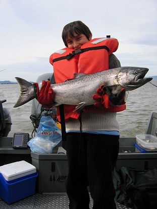 Columbia River spring chinook salmon fishing!